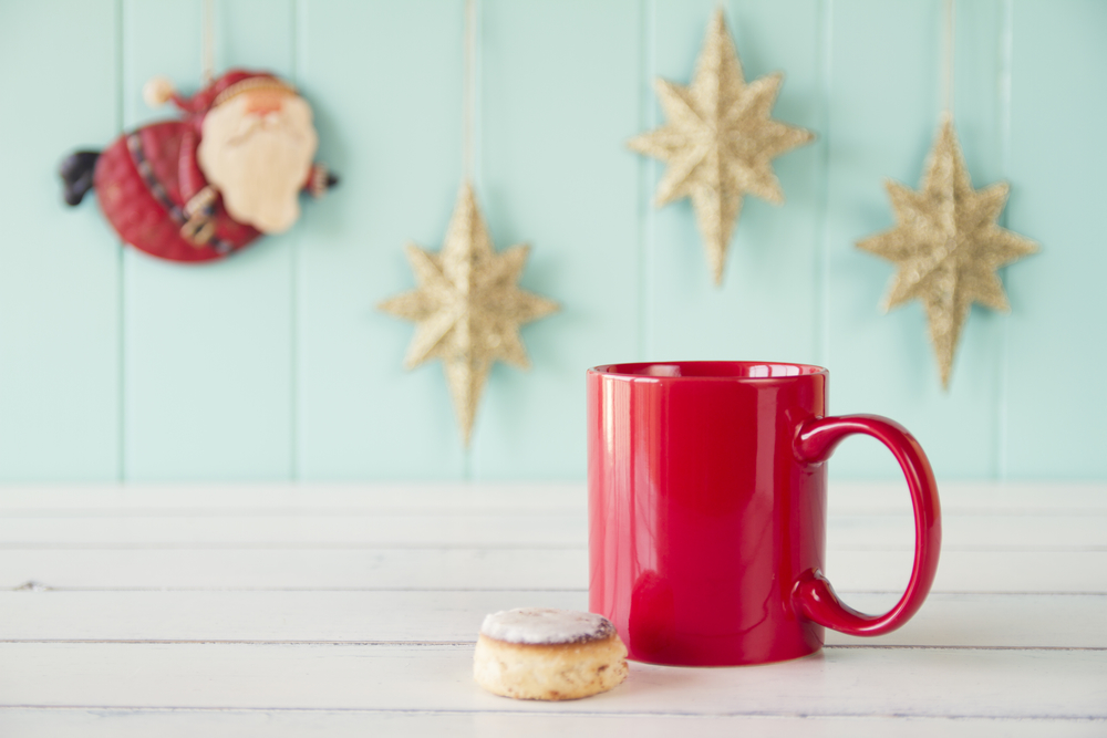 5 Ways To Stay Healthy Over The Holidays (without skipping all the fun)
