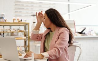 woman sneezing foods for immune health